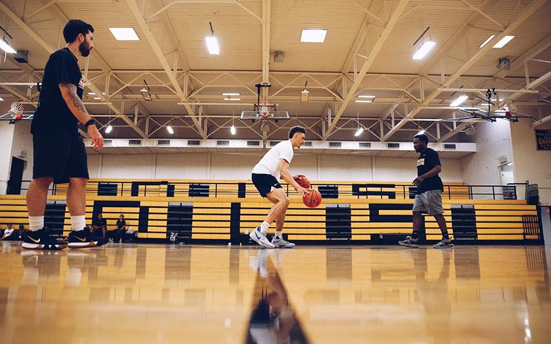 La pretemporada en el baloncesto Coach Lorenzo